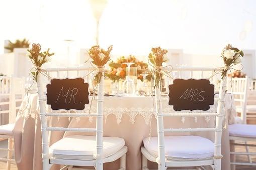 Save Money For The Honeymoon! Wedding Reception Food Ideas On A Budget
