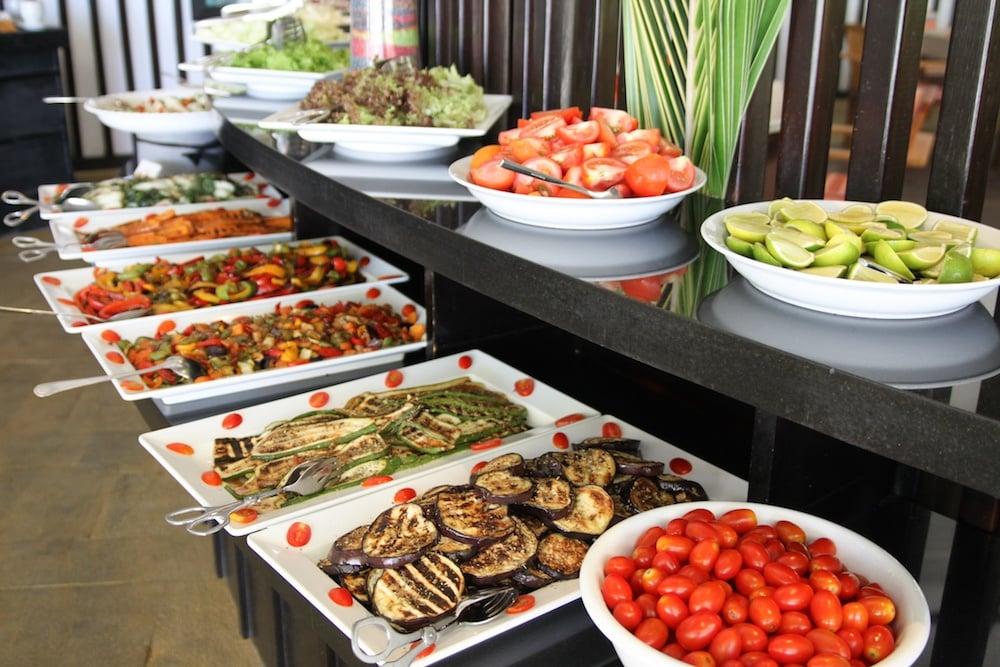 Food bar SP copy.jpg