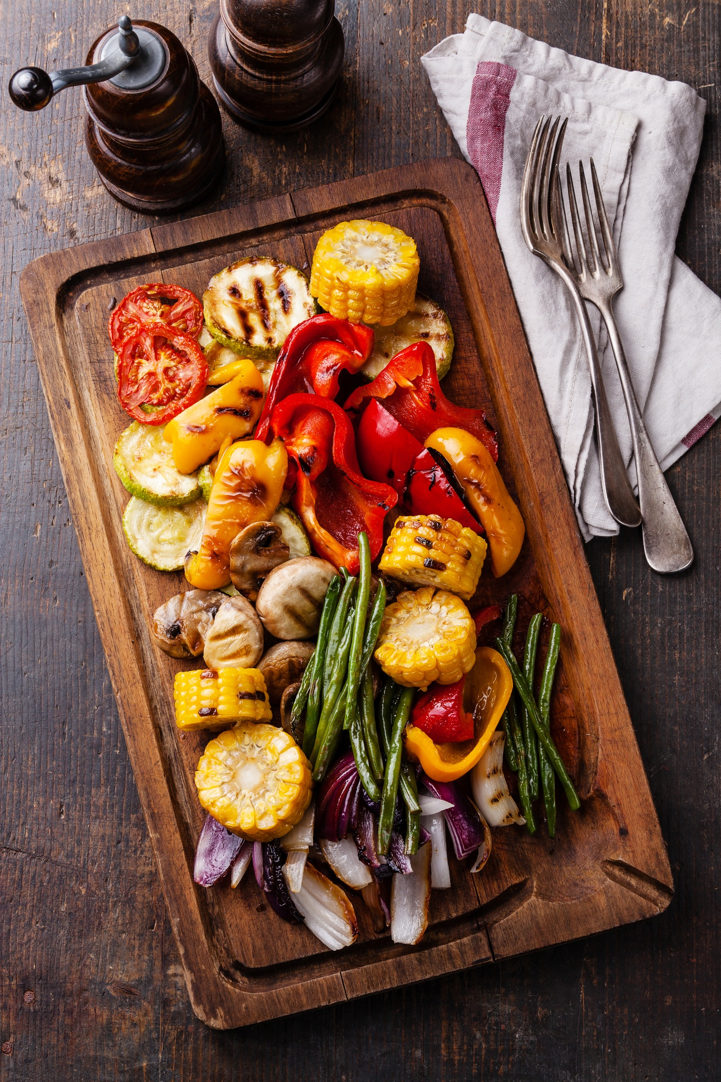 Colorful Crudites for your Next Outdoor Party -  grilled vegetables